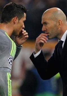 Cris Ronaldo ra tối hậu thư với HLV Zidane