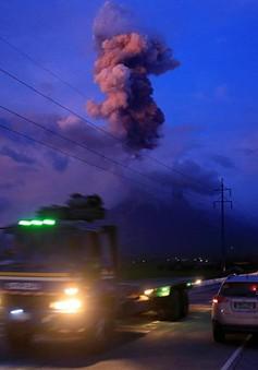 61.000 người Philippines sơ tán do núi lửa