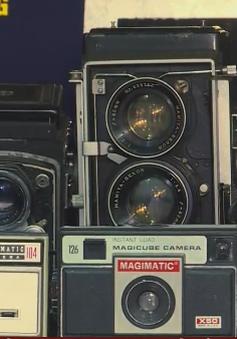 Nhà báo Trần Minh Ngọc và niềm đam mê máy ảnh cổ