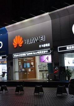 Doanh số bán smartphone ở Trung Quốc lần đầu tiên sụt giảm trong 8 năm