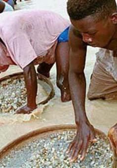 Châu Phi thất thoát khoảng 80 tỷ USD/năm