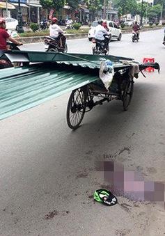 Quảng Nam: Va chạm với xe máy chở tôn, 1 người tử vong