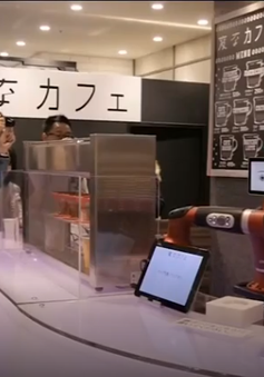 Quán cà phê do robot pha chế đầu tiên của Nhật Bản