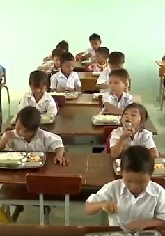 Bữa cơm của tấm lòng nhân ái tại huyện nghèo Ia Pa