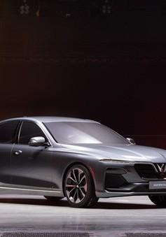 Bạn bè quốc tế trầm trồ trước màn ra mắt xe Vinfast tại Paris Motor Show