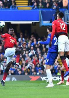 ẢNH: Toàn cảnh trận hòa kịch tính giữa Chelsea và Man Utd trên sân Stamford Bridge