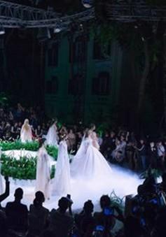 Calla Show 2018 - Show diễn đặc biệt nhất của làng thời trang: Khi sàn catwalk trở thành lễ đường tình yêu