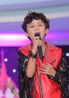 Mẫu nhí Minh Đăng ấn tượng với vai trò ca sỹ
