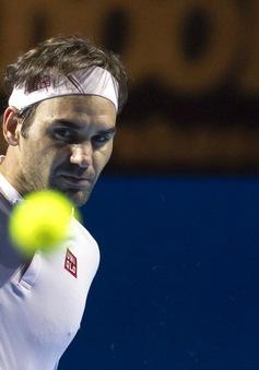 Vượt qua Gilles Simon, Roger Federer lần thứ 12 vào bán kết Basel mở rộng 2018