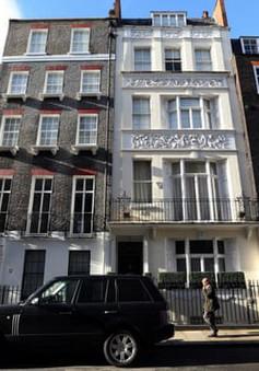 Bố mẹ Trung Quốc mạnh tay chi tiền tỷ mua nhà cho con du học tại Anh quốc