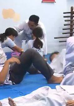 Việc tử tế: Lớp học võ đặc biệt