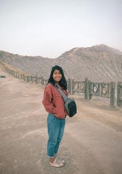 Du khách Việt kể lại hành trình khám phá miệng núi lửa kỳ ảo ở Indonesia