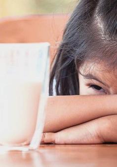 """Chương trình sữa học đường: """"Nơi khao khát, chỗ băn khoăn"""""""