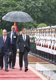 Thủ tướng Nga thăm chính thức Việt Nam