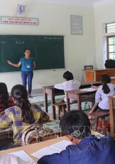 """Những thầy cô giáo """"cắm bản"""" ở huyện biên giới Kỳ Sơn"""