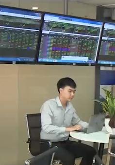 Doanh nghiệp mua vào cổ phiếu quỹ: Nhà đầu tư cá nhân có nên mua theo?