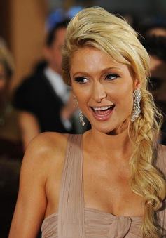 Paris Hilton chia tay hôn phu, hạnh phúc vẫn ngập tràn