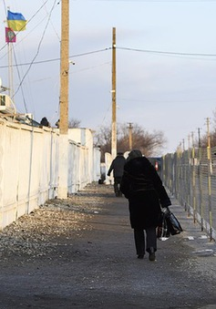 Ukraine hạn chế nhập cảnh với công dân Nga