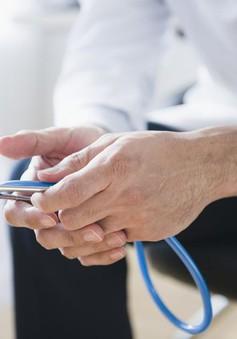 Ống nghe bệnh của bác sĩ là nơi dễ nhiễm các loại vi khuẩn nhất trong các dụng cụ y tế