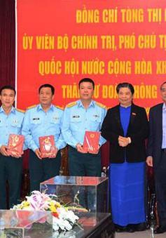 Phó Chủ tịch Thường trực Quốc hội thăm các đơn vị quân đội Đà Nẵng