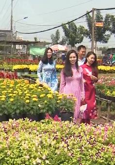 Đồng Tháp thu vé vào làng hoa Sa Đéc