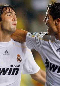 """Kaka """"khoái"""" độ chịu chơi của Ronaldo"""