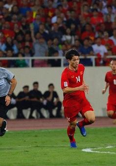 Thủ tướng mong muốn ĐT Việt Nam thi đấu vì màu cờ sắc áo ở chung kết AFF Cup 2018