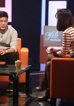 """Trường """"híp"""" và những tiết lộ cực hài hước về thầy Park về đồng đội trong show tiếng Anh Talk Việt Nam"""