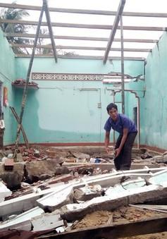 Bình Định: Hỗ trợ các hộ có nhà bị sập, hư hỏng nặng do bão lũ xây dựng nhà