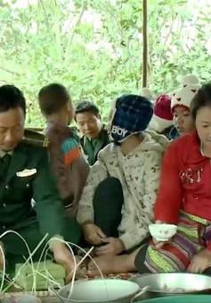 Những chiến sỹ biên phòng đón Tết cùng dân