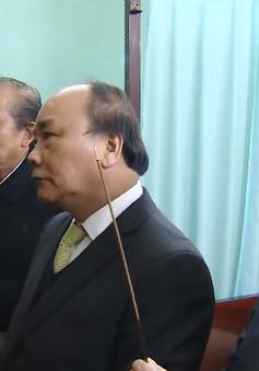 Thủ tướng Chính phủ dâng hương tưởng nhớ Bác Hồ