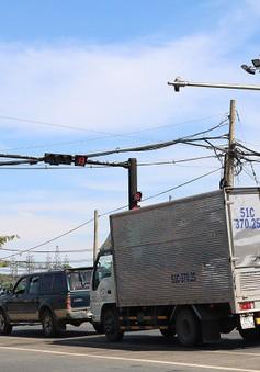 Lắp đặt đèn báo giao thông quốc lộ 1A qua Ninh Thuận, tránh ùn tắc dịp Tết