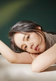 Han Ga In gây thương nhớ với vẻ đẹp mong manh