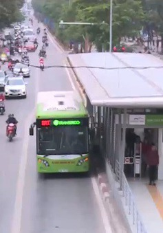 Hà Nội có thể cho các loại xe khác đi vào làn bus nhanh BRT