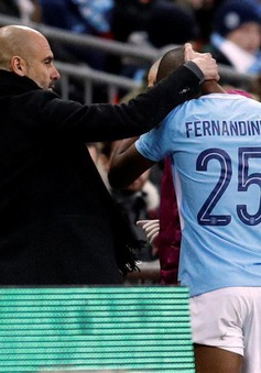 """Man City nghe tin """"sét đánh"""" sau chức vô địch League Cup"""