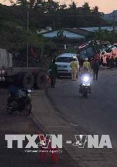 Đắk Nông: Xe tải tông vào đuôi xe khách, một người tử vong