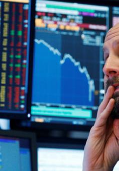 Chứng khoán Mỹ giảm điểm mạnh nhất trong ngày trong 6 năm qua