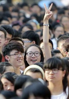 Lượng sinh viên Trung Quốc hồi hương tăng mạnh