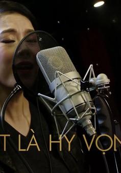 """Dàn sao từ Bắc tới Nam tham gia MV độc đáo của """"Tết nghĩa là hy vọng"""""""