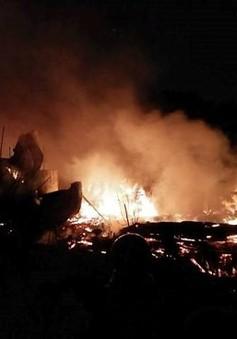 Cháy kinh hoàng tại xưởng gỗ ở Hà Nội