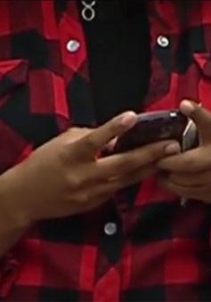 1/7 thiếu niên Mỹ có nhắn tin liên quan đến tình dục