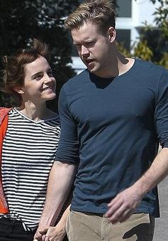 Emma Watson tay trong tay với sao phim Glee, gián tiếp xác nhận tình yêu mới