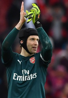 Petr Cech lập kỷ lục đáng nể tại giải Ngoại hạng Anh