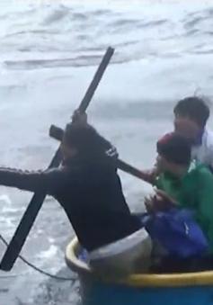 Kịp thời cứu 7 thuyền viên trên tàu bị đắm