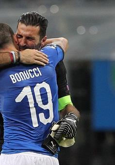 ĐTQG Italia triệu tập: Buffon treo giày, nay trở lại