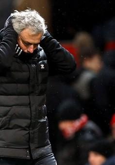 """Làm được điều mà các HLV tiền nhiệm """"bó tay"""", Mourinho vẫn buồn bực"""