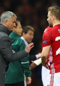 Bị HLV Mourinho chọc giận, Luke Shaw đòi rời Man Utd