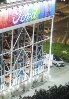 Alibaba và Ford ra mắt máy bán ô tô tự động ở Quảng Châu