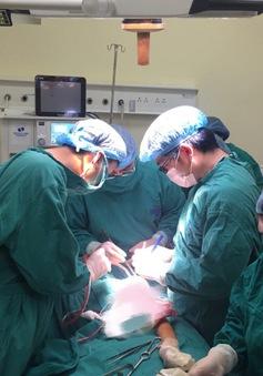 Phẫu thuật bảo tồn cánh tay cho nữ bệnh nhân ung thư xương