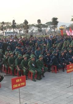 Lễ giao nhận quân trang nghiêm, chu đáo và khí thế tại các tỉnh miền Trung